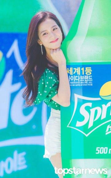 BLACKPINK-Jisoo-Sprite-Waterbomb-Festival-Seoul-9