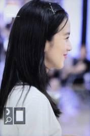 BLACKPINK-Jisoo-airport-fashion-4-july-2018-photo-10