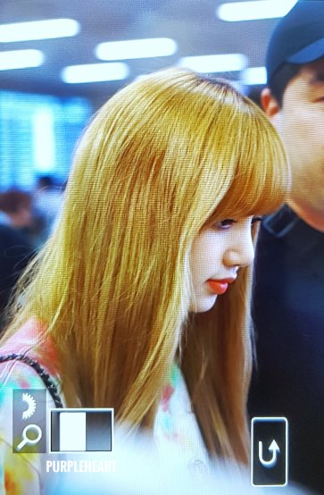 BLACKPINK Lisa Airport Photo 26 July 2018 Gimpo 14