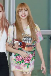 BLACKPINK Lisa Airport Photo 26 July 2018 Gimpo 8