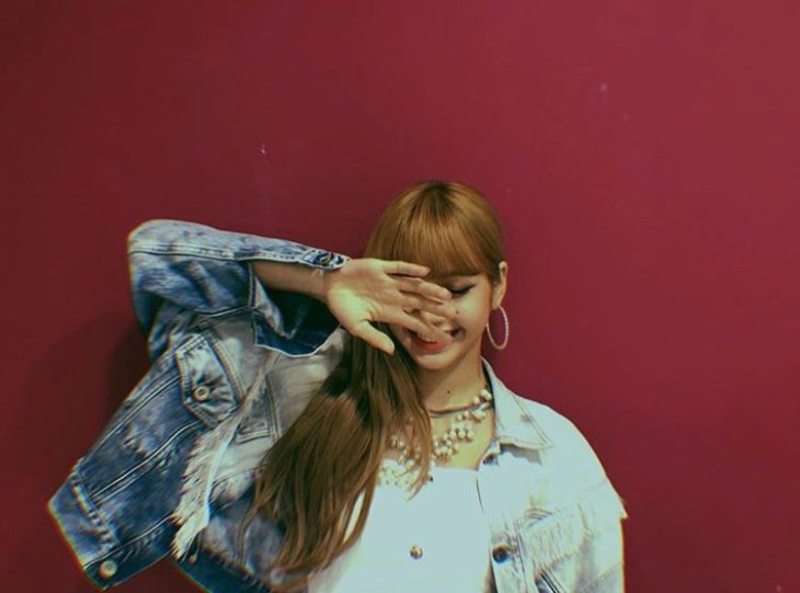 BLACKPINK Lisa Instagram Photo 13 July 2018 lalalalisa_m
