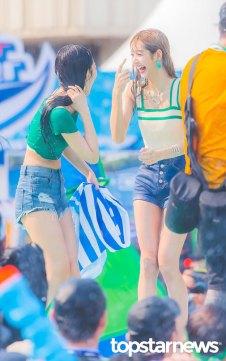 BLACKPINK-Lisa-Sprite-Waterbomb-Festival-Seoul-28