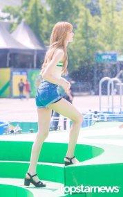 BLACKPINK Lisa Sprite Waterbomb Festival Seoul 71