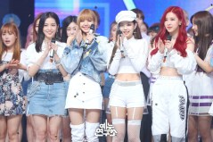 BLACKPINK MBC Music Core white outfit 30 June 2018 photo