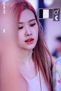 BLACKPINK-Rose-Airport-Photo-26-July-2018-Gimpo-2