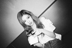 BLACKPINK Rose Instagram photo update 18 July 2018 roses_are_rosie 2
