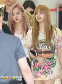 BLACKPINK Rose Lisa Airport Photo 26 July 2018 Gimpo 29