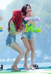 BLACKPINK-Rose-Sprite-Waterbomb-Festival-Seoul-62