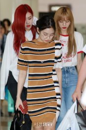 BLACKPINK UPDATE Jennie Airport Photo 20 July 2018 Back From Japan 13