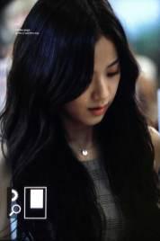 BLACKPINK-UPDATE-Jisoo-Airport-Photo-Fashion-22-July-2018-japan-arena-tour-13