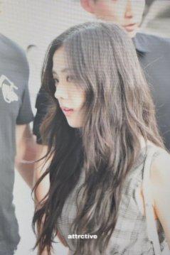 BLACKPINK UPDATE Jisoo Airport Photo Fashion 22 July 2018 japan arena tour 6