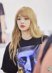 BLACKPINK UPDATE Lisa Airport Photo Fashion 22 July 2018 japan arena tour 3