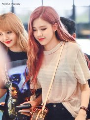BLACKPINK UPDATE Rose Airport Photo Fashion 22 July 2018 japan arena tour 5
