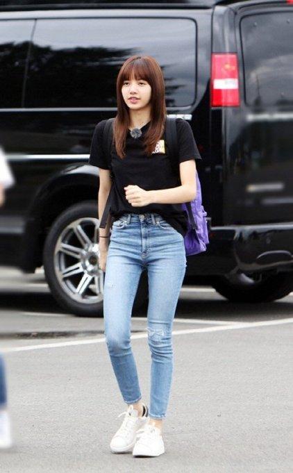 Real Men 3 BLACKPINK Lisa Lisa seen outside Korea Military 3 Academy Yeongcheon 14