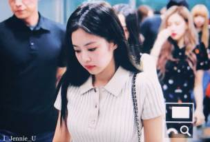 BLACKPINK-Jennie-Airport-Photo-23-August-2018-Gimpo-27