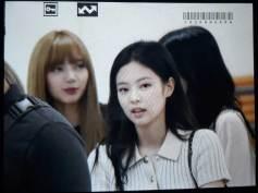 BLACKPINK-Jennie-Airport-Photo-23-August-2018-Gimpo-3