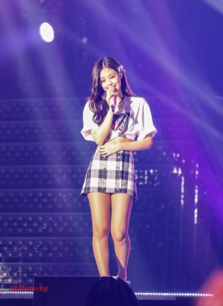 BLACKPINK-Jennie--Japan-Arena-Tour-24-August-2018-Chiba-2
