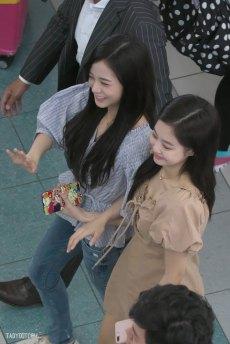 BLACKPINK-Jennie-Jisoo-Jensoo-Airport-Photo-18-August-2018-Incheon-16