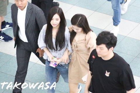 BLACKPINK-Jennie-Jisoo-Jensoo-Airport-Photo-18-August-2018-Incheon-18