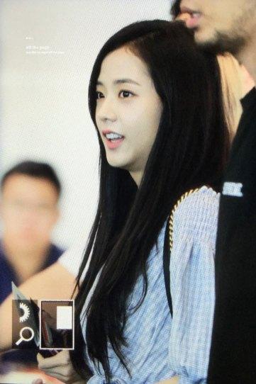 BLACKPINK-Jisoo-Airport-Photo-18-August-2018-Incheon-28