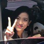 BLACKPINK Jisoo Car Photos Inkigayo 5 August 2018 good bye stage 4