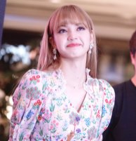 BLACKPINK LISA moonshot central world fansign event bangkok thailand 163