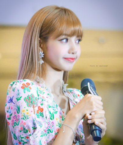BLACKPINK LISA moonshot central world fansign event bangkok thailand 171