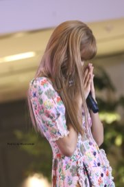 BLACKPINK LISA moonshot central world fansign event bangkok thailand 43