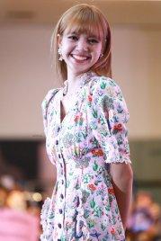 BLACKPINK LISA moonshot central world fansign event bangkok thailand 59
