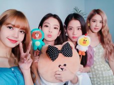 BLACKPINK-LIVE-LIVE-Video-Japan-4
