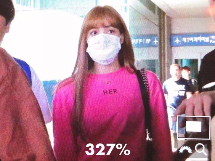 BLACKPINK Lisa Airport Photo 18 August 2018 Incheon 8