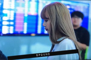BLACKPINK Lisa Airport Photo 8 August 2018 Incheon to Jakarta Indonesia 10