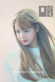 BLACKPINK Lisa Airport Photo 8 August 2018 Incheon to Jakarta Indonesia 36
