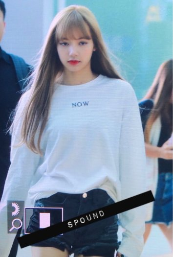 BLACKPINK Lisa Airport Photo 8 August 2018 Incheon to Jakarta Indonesia 9