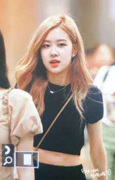 BLACKPINK Rose Airport Photo 18 August 2018 Incheon 11