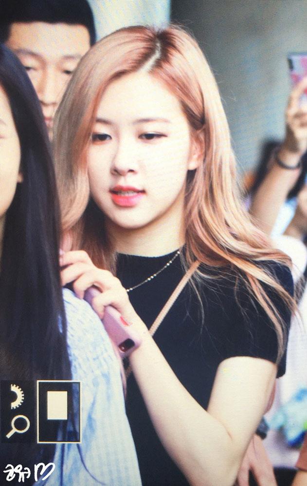Blackpink Rose Airport Photo 18 August 2018 Incheon 20