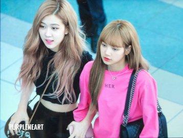 BLACKPINK Rose Lisa Chaelisa Airport Photo 18 August 2018 Incheon 3