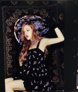BLACKPINK Rose behind the scenes Dazed Korea Magazine 5