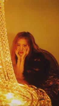 BLACKPINK Rose behind the scenes Dazed Korea Magazine 9
