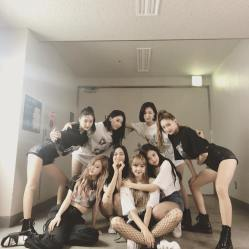 BLACKPINK with YG Dancers 3
