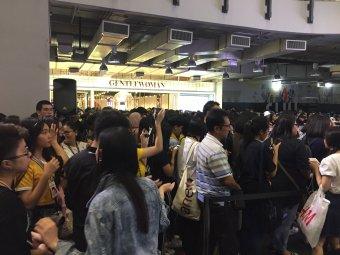 Day 1 BLACKPINK Lisa moonshot fansign event Bangkok Thailand 169