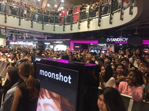 Day 1 BLACKPINK Lisa moonshot fansign event Bangkok Thailand 176