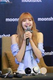 Day 1 BLACKPINK Lisa moonshot fansign event Bangkok Thailand 35