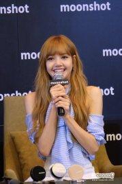Day 1 BLACKPINK Lisa moonshot fansign event Bangkok Thailand 62