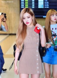 10-BLACKPINK-Rose-Airport-Photo-Gimpo-19-September-2018