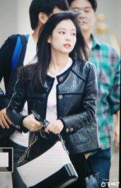 11-BLACKPINK Jennie Airport Photos Incheon to Paris Fashion Week