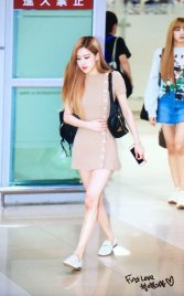 12-BLACKPINK-Rose-Airport-Photo-Gimpo-19-September-2018