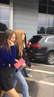 13-BLACKPINK Jisoo Rose Lisa JFK Airport Photo New York City