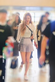 13-BLACKPINK Rose Airport Photo 17 September 2018 Gimpo to Japan