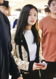 14-BLACKPINK Jennie Airport Photo 17 September 2018 Gimpo to Japan